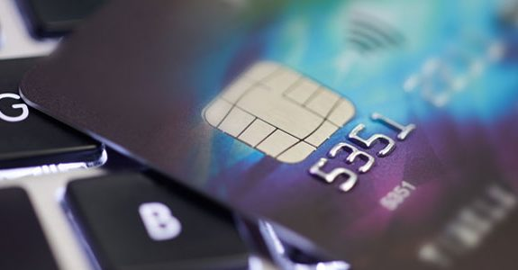 Retailers, Banks Switch to Safer Credit and Debit Cards